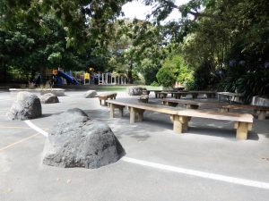 outdoor learning environments in school grounds